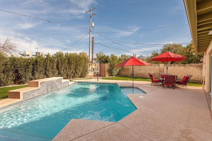 830 E EL CAMINITO Drive, Phoenix, AZ 85020