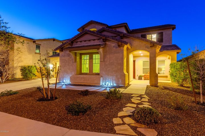 2962 E WYATT Way, Gilbert, AZ 85297