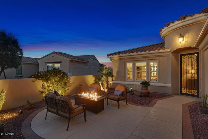 23313 N DE LA GUERRA Court, Sun City West, AZ 85375