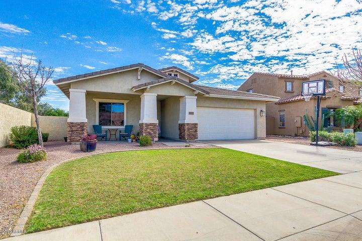 6977 S STADIUM Court, Gilbert, AZ 85298
