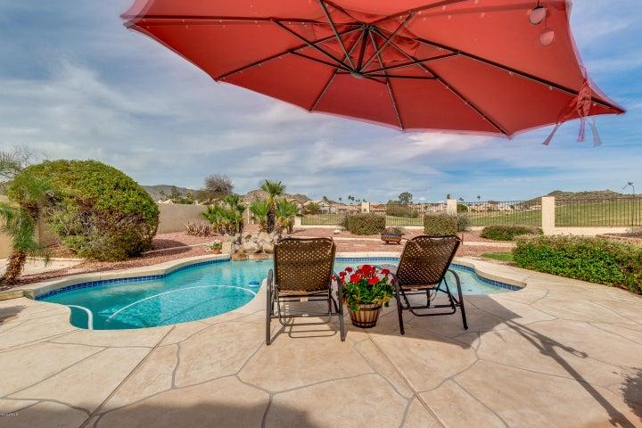 1226 E GLENHAVEN Drive, Phoenix, AZ 85048