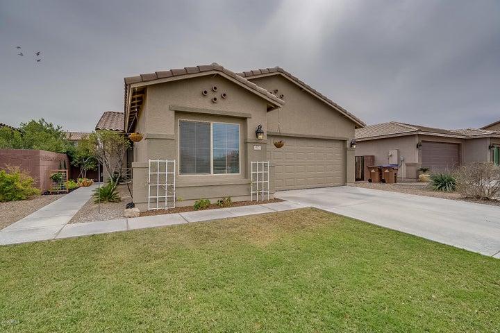 937 W WITT Avenue, San Tan Valley, AZ 85140