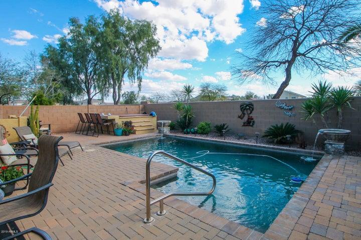 411 W GASCON Road, San Tan Valley, AZ 85143