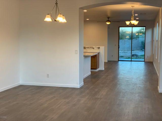 33093 N Roadrunner Lane, Queen Creek, AZ 85142