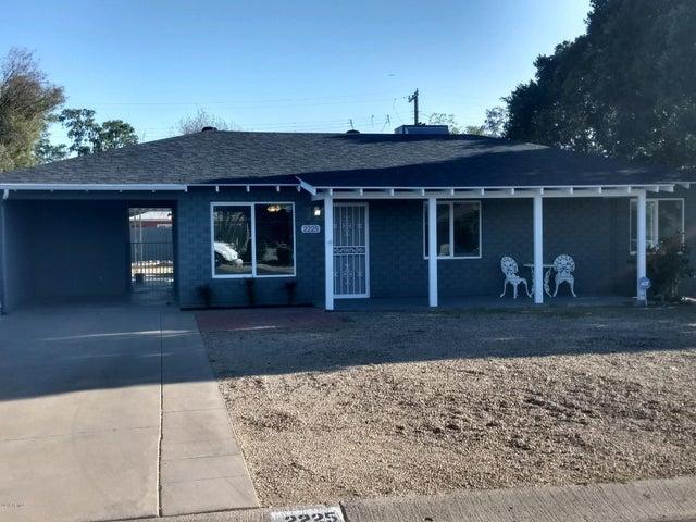 2225 W CLARENDON Avenue, Phoenix, AZ 85015
