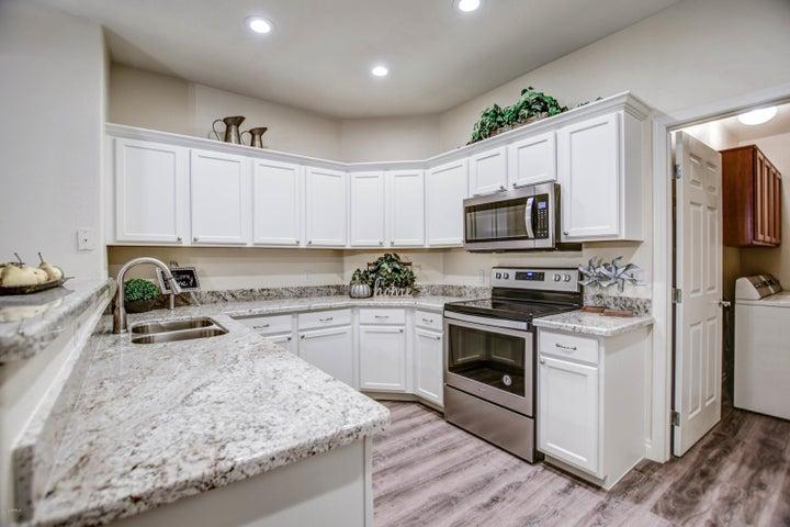 7445 E Eagle Crest Drive, 1060, Mesa, AZ 85207