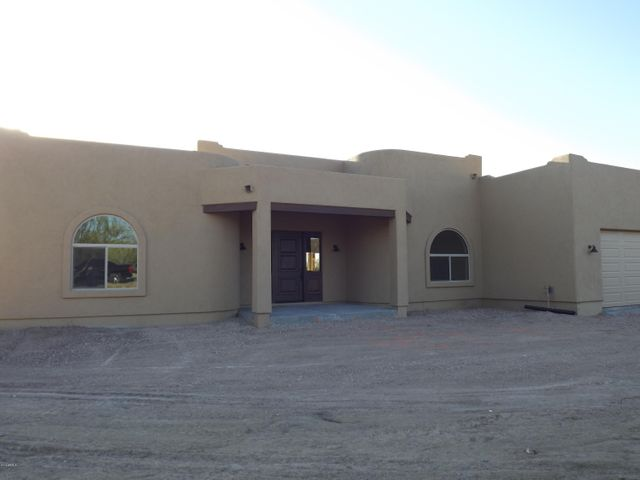 43520 N 16th Street, New River, AZ 85087