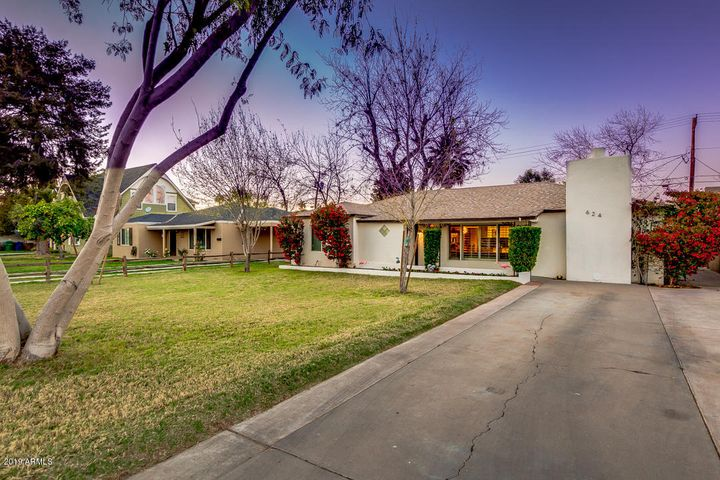 624 E PEPPER Place, Mesa, AZ 85203