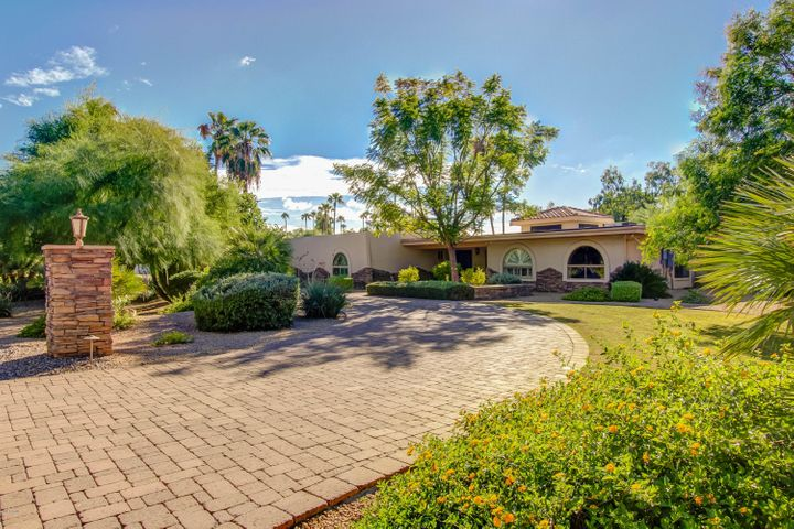 8002 N 74TH Place, Scottsdale, AZ 85258