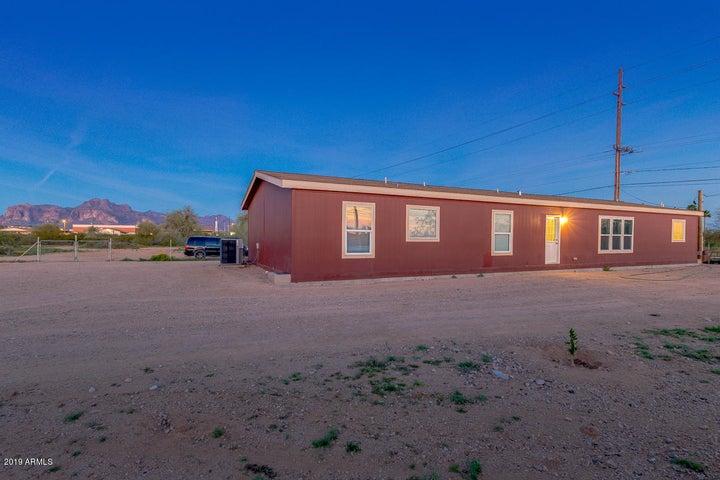 1438 W SUPERSTITION Boulevard, Apache Junction, AZ 85120