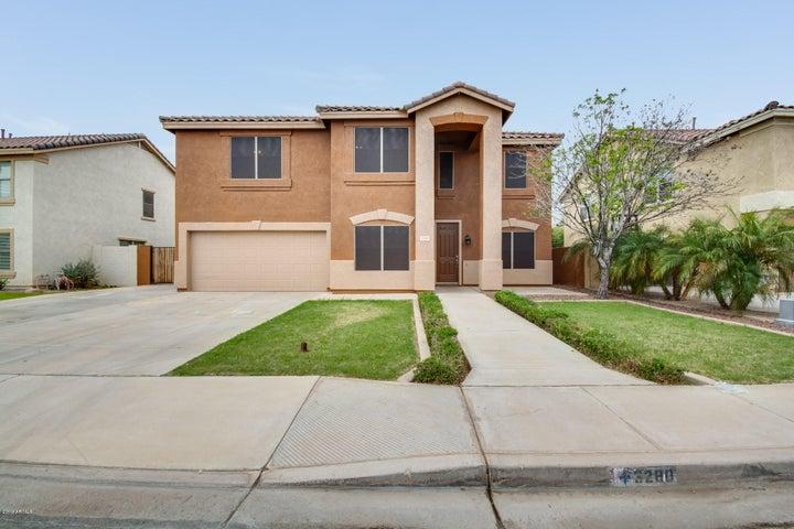 3280 S COLT Drive, Gilbert, AZ 85297