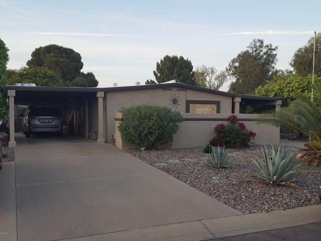 9326 E LAKESIDE Drive, Sun Lakes, AZ 85248
