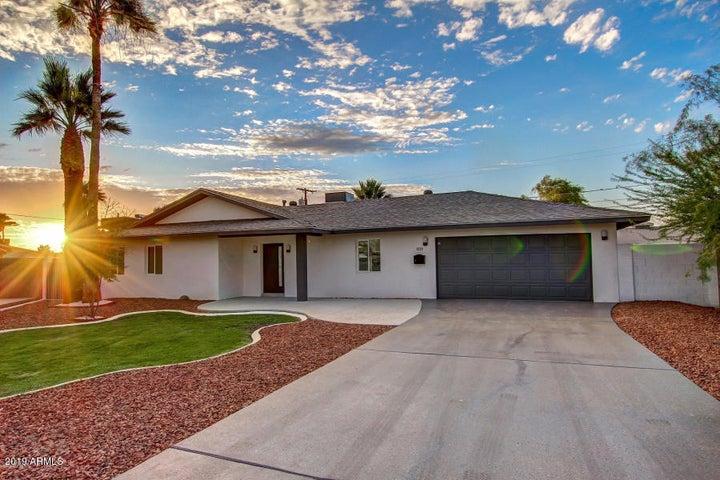 8220 E OAK Street, Scottsdale, AZ 85257