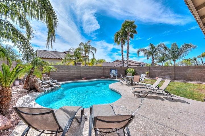 12643 W ASHBY Drive, Peoria, AZ 85383