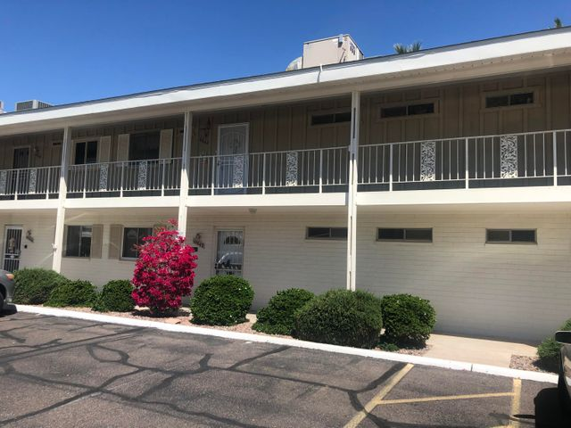 10842 N FAIRWAY Court E, Sun City, AZ 85351