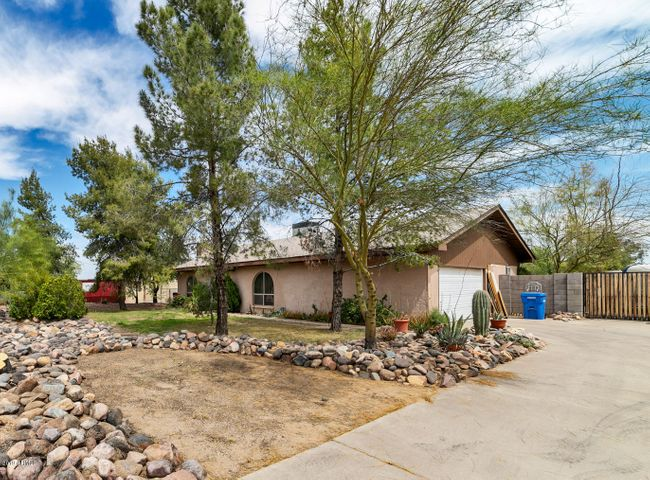 11441 N 24TH Street N, Phoenix, AZ 85028