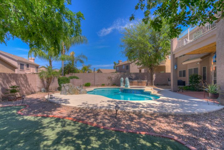 4204 E TETHER Trail, Phoenix, AZ 85050
