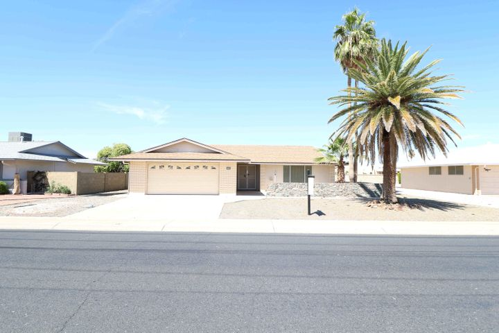 10202 W ALABAMA Avenue, Sun City, AZ 85351