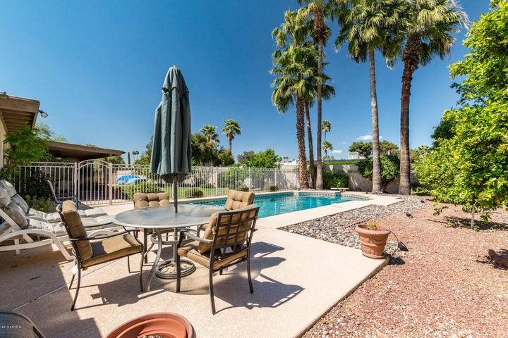5320 E EVERETT Drive, Scottsdale, AZ 85254