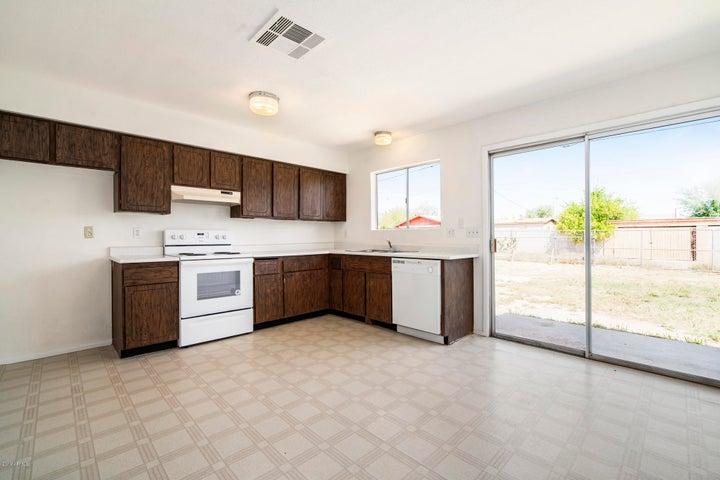 13818 W MARLETTE Avenue, Litchfield Park, AZ 85340