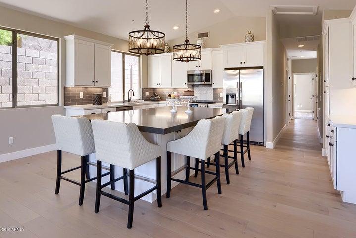 All New Kitchen w/ Quartz Countertops