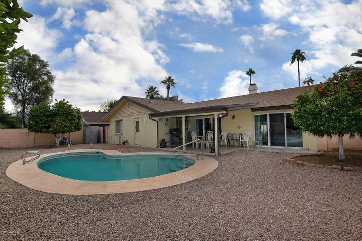 420 E Cascada Road, Litchfield Park, AZ 85340