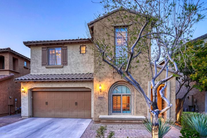 3714 E HUETT Lane, Phoenix, AZ 85050