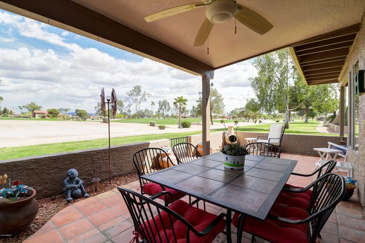 25217 S BERRY BROOK Drive, Sun Lakes, AZ 85248