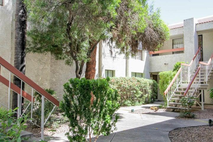 3119 W COCHISE Drive, 138, Phoenix, AZ 85051