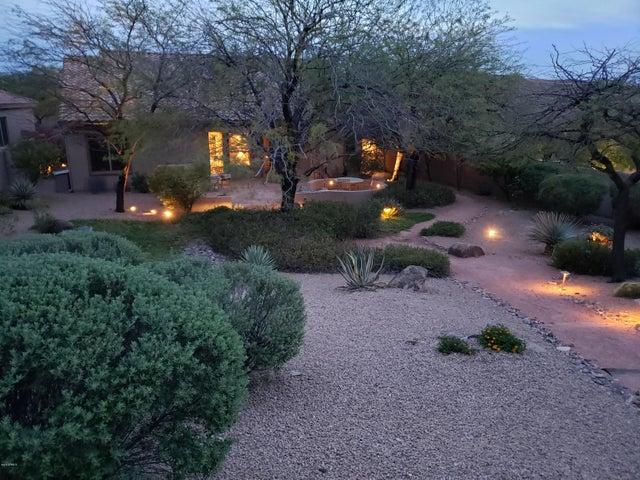 10854 E LE MARCHE Drive, Scottsdale, AZ 85255