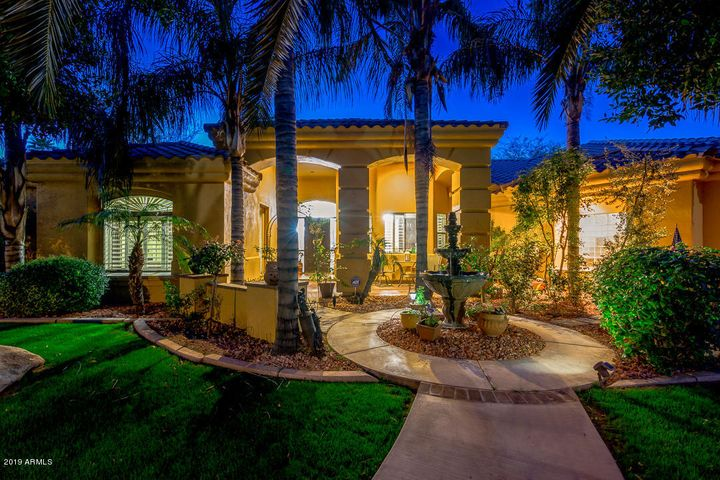 2222 N VAL VISTA Drive, 7, Mesa, AZ 85213