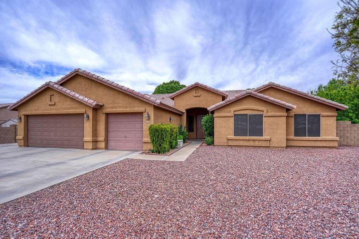 8322 N 177TH Avenue, Waddell, AZ 85355