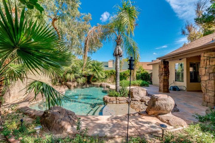 15812 N 39TH Street, Phoenix, AZ 85032