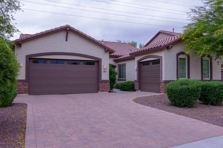 1083 E BUCKINGHAM Avenue, Gilbert, AZ 85297