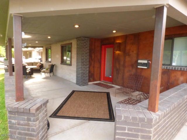 730 E SOLANA Drive, Tempe, AZ 85281