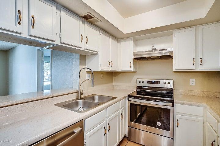 4730 W NORTHERN Avenue, 1082, Glendale, AZ 85301