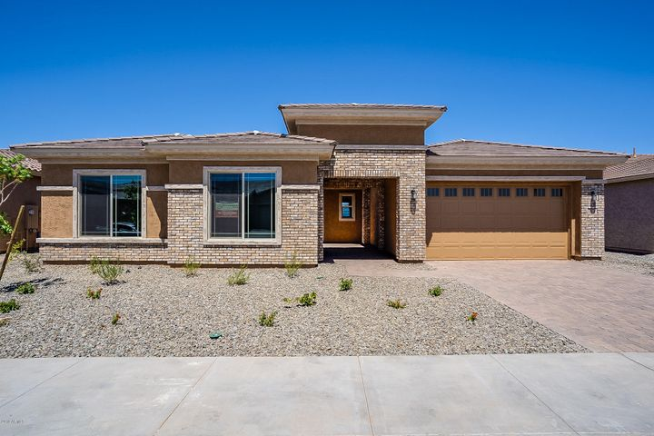 18936 W WINDSOR Boulevard, Litchfield Park, AZ 85340