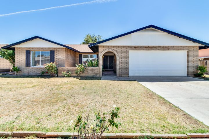 5223 W DESERT COVE Avenue, Glendale, AZ 85304