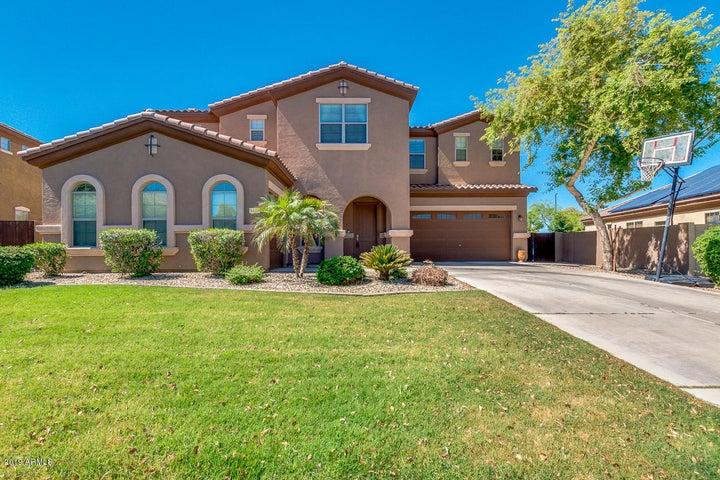 3103 E FANDANGO Drive, Gilbert, AZ 85298