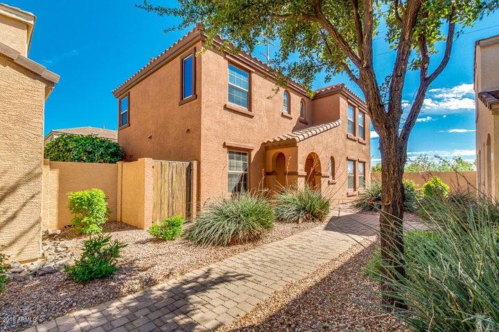 2777 E BART Street, Gilbert, AZ 85295