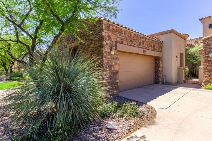 7445 E EAGLE CREST Drive, 1009, Mesa, AZ 85207