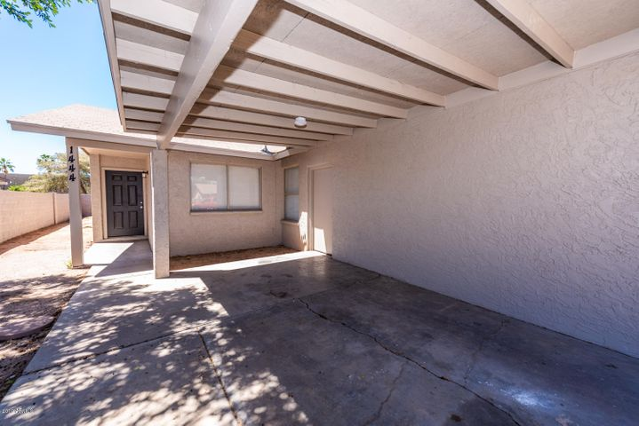 1444 S DORAN, Mesa, AZ 85204