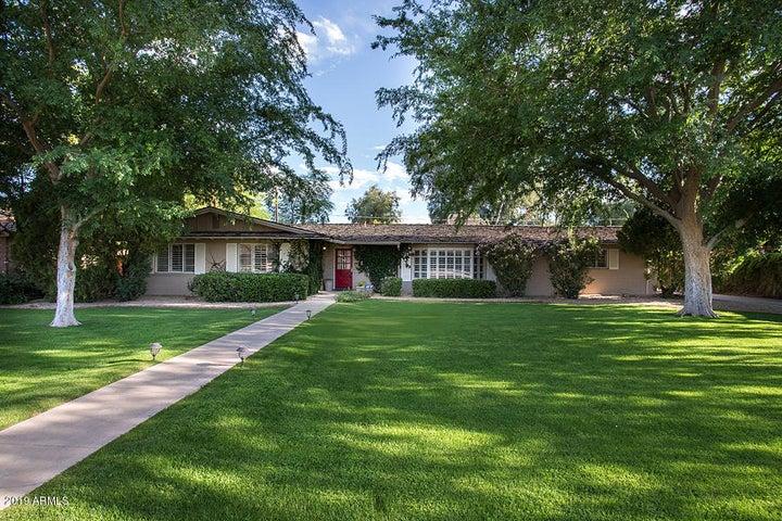 15 E KALER Drive, Phoenix, AZ 85020