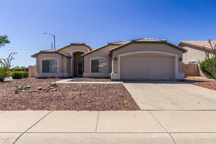 711 W KESLER Lane, Chandler, AZ 85225