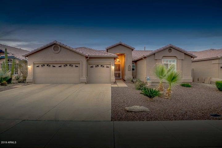 318 W EL FREDA Road, Tempe, AZ 85284