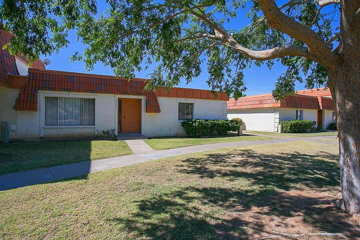 4845 W NORTHERN Avenue, Glendale, AZ 85301