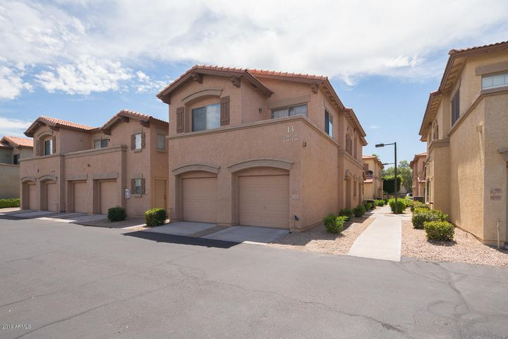 805 S SYCAMORE Street, 238, Mesa, AZ 85202