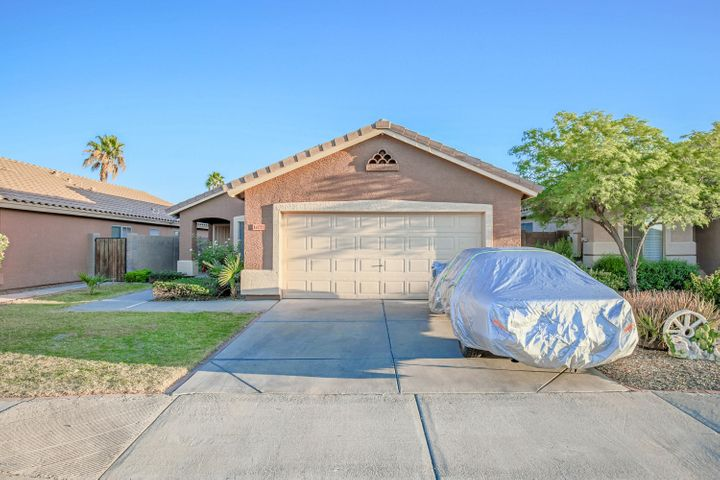 14725 W LUCAS Lane, Surprise, AZ 85374