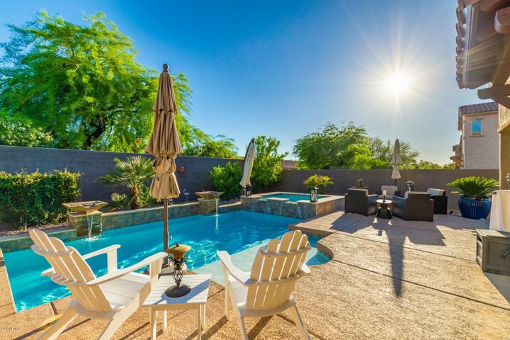 4641 E DALEY Lane, Phoenix, AZ 85050