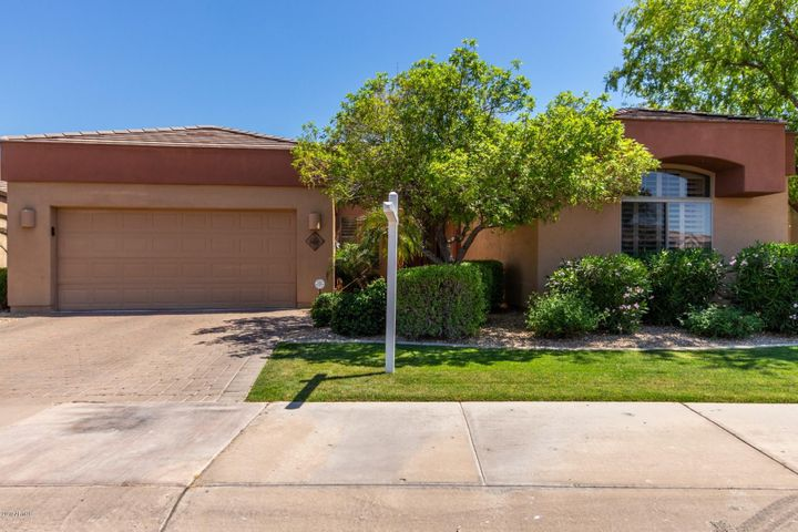 8695 E TUCKEY Lane, Scottsdale, AZ 85250